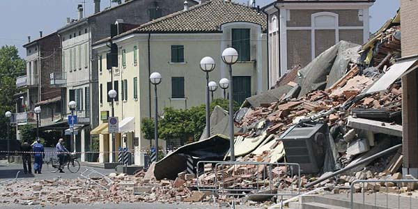 bangunan tahan gempa